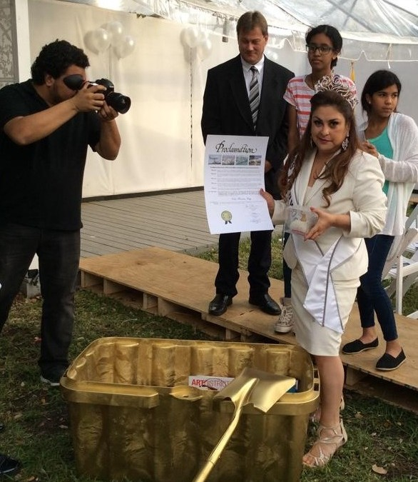 """La alcaldía del Condado de Miami-Dade proclamó el """"Día de Nina Fuentes"""""""