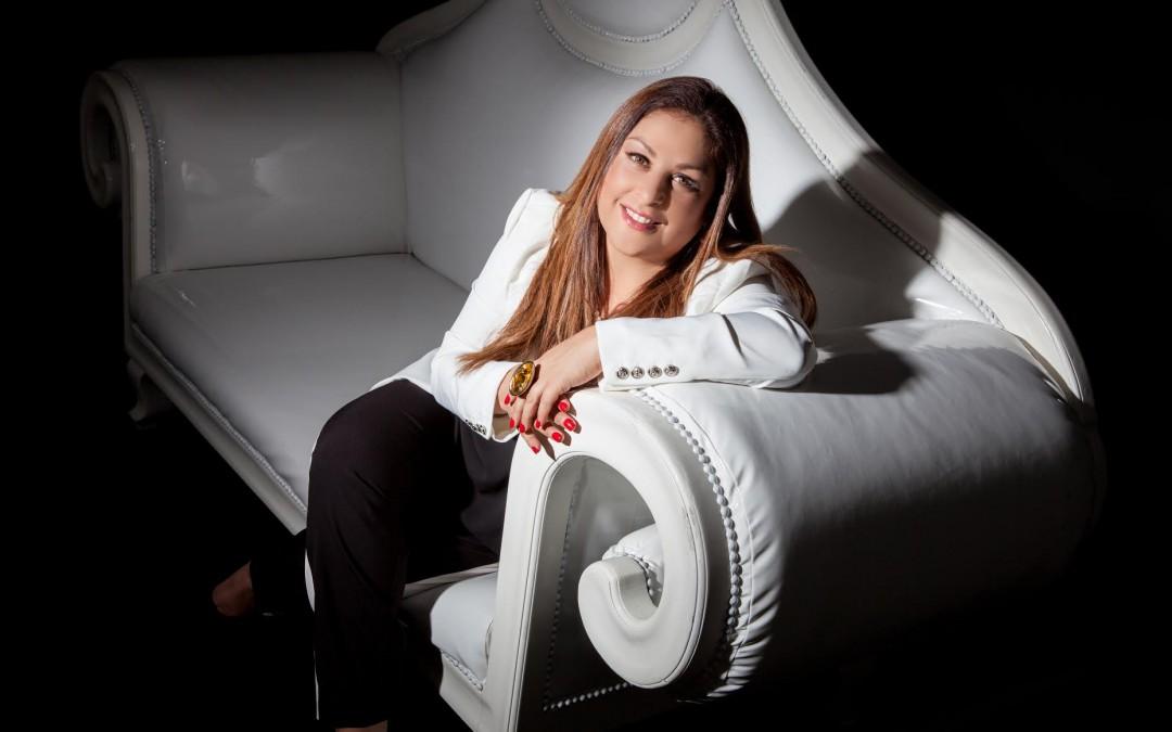 Nina Fuentes gana el Premio Armando Reverón